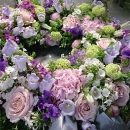 Trauerblütenkranz mit Glockenblumen