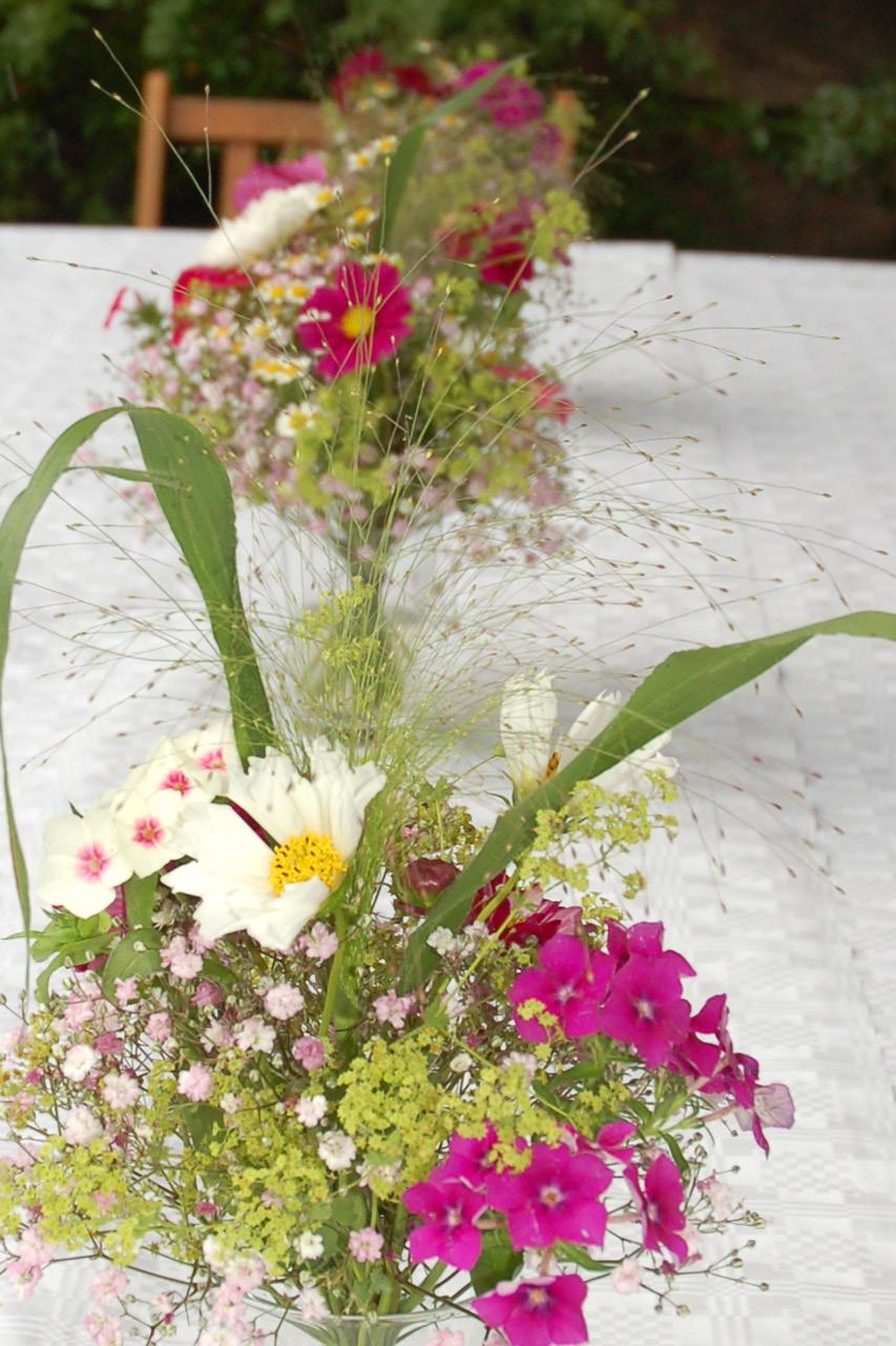 Hochzeiten frau rose floristik berlin for Tischdeko garten